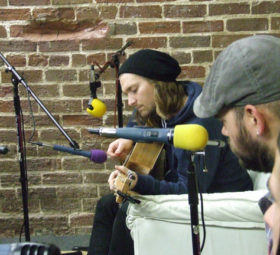 NEEDTOBREATHE performing 'More Time' in ZEW Lounge 2009